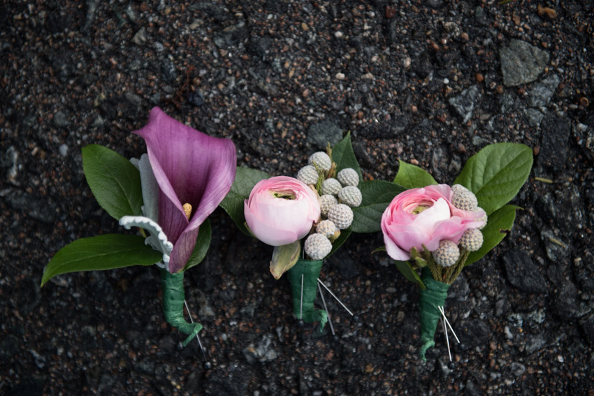 DeCordova wedding boutonnieres