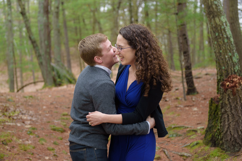 engagement session hiking trail